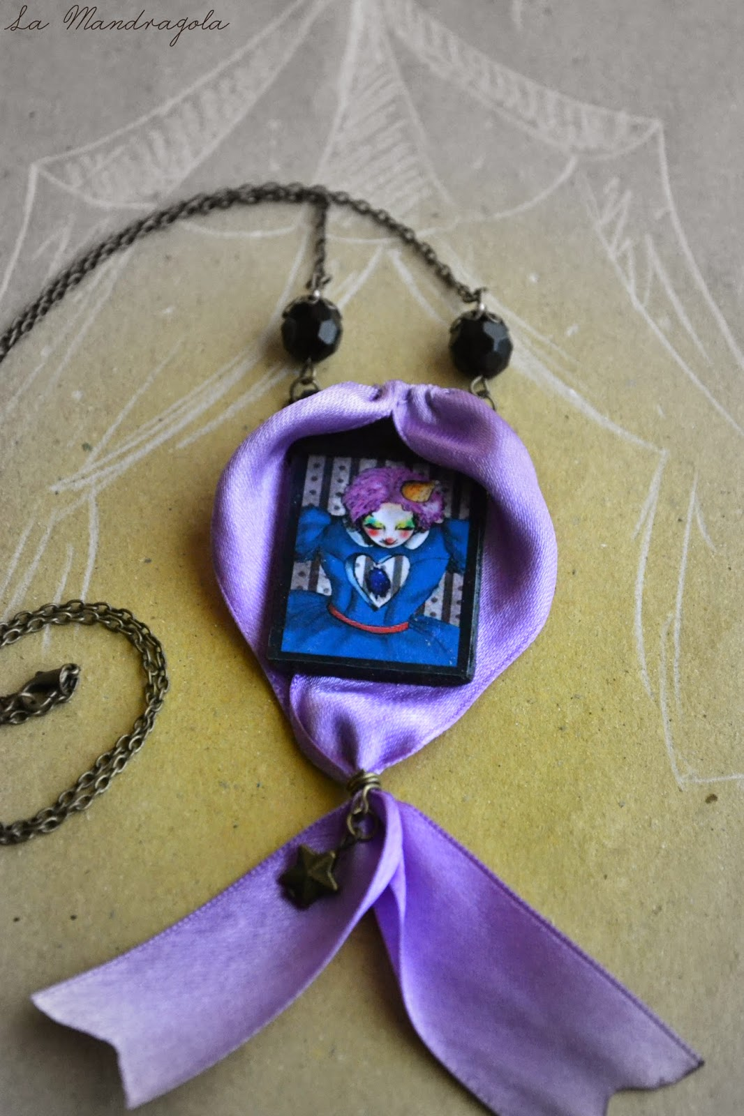 Night Circus - clown - freak show - necklace - moony -  la mandragola - Flavia Luglioli - illustration - victorian - etsy - circus - carnival - carousel