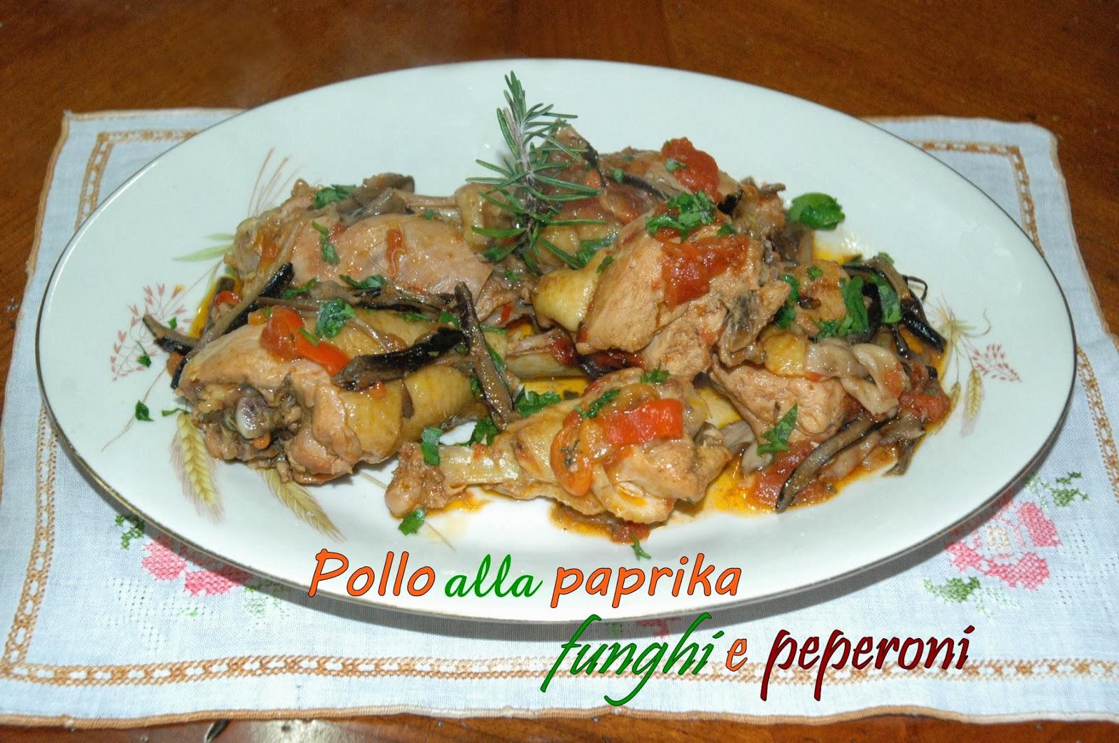 pollo alla paprika, funghi e peperoni