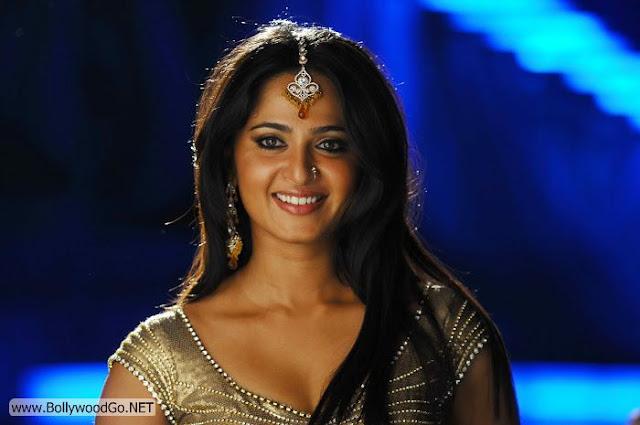 Anushka+Shetty+(11)