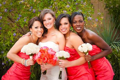 red and white beach wedding 01