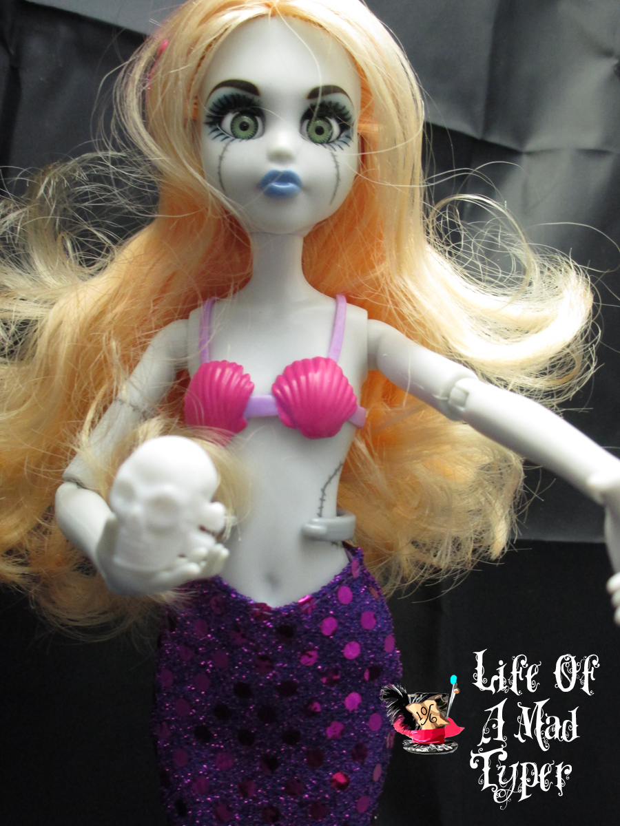 Once Upon a Zombie The little mermaid #doll #Review #ouaz