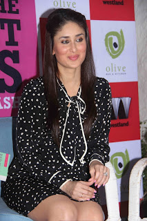 Kareena Kapoor spotted in a Small Black Mini Gown Spicy Pictures