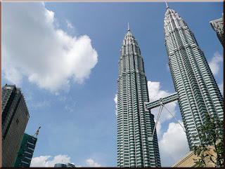 ตึกแฝด เปโตรนาส ทาวเวอร์ มาเลเซีย Petronas Twin Towers