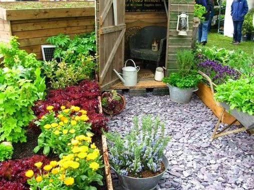 ide desain taman rumah kecil