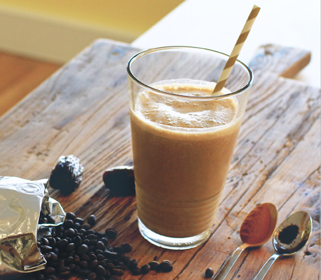 SPICED COFFEE SMOOTHIE