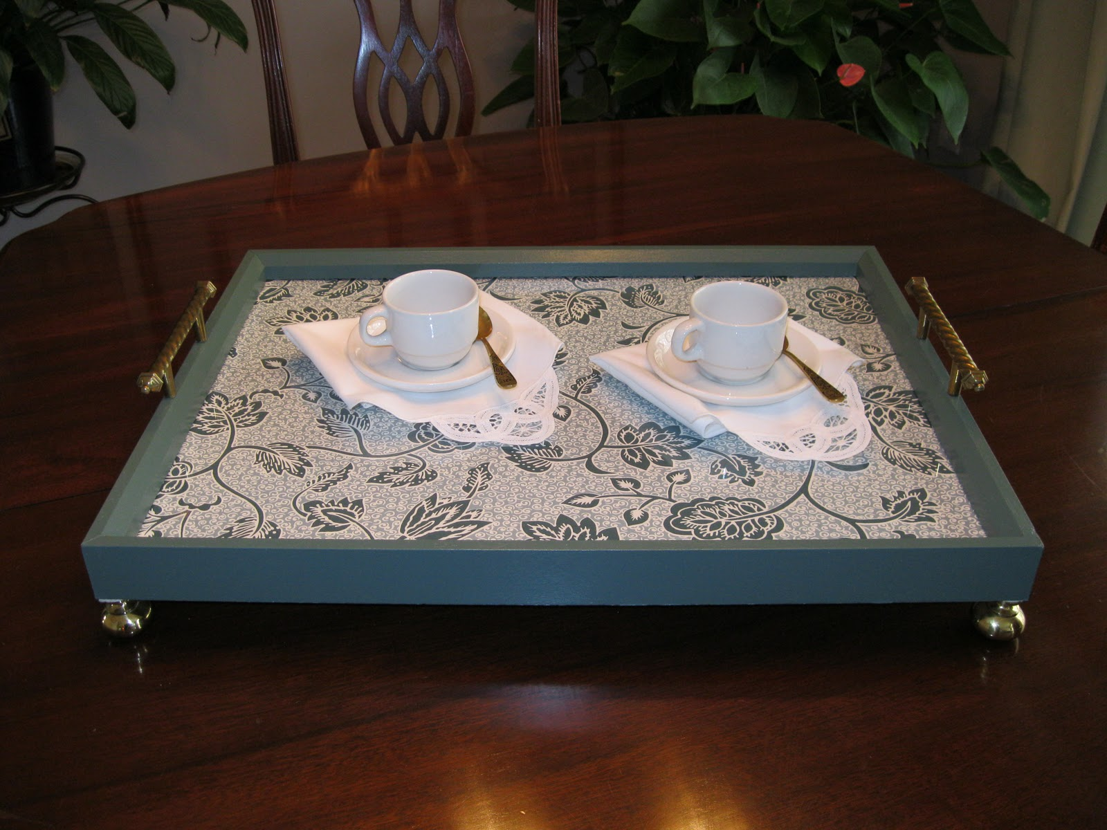 the craft tutor make a serving tray from a picture frame