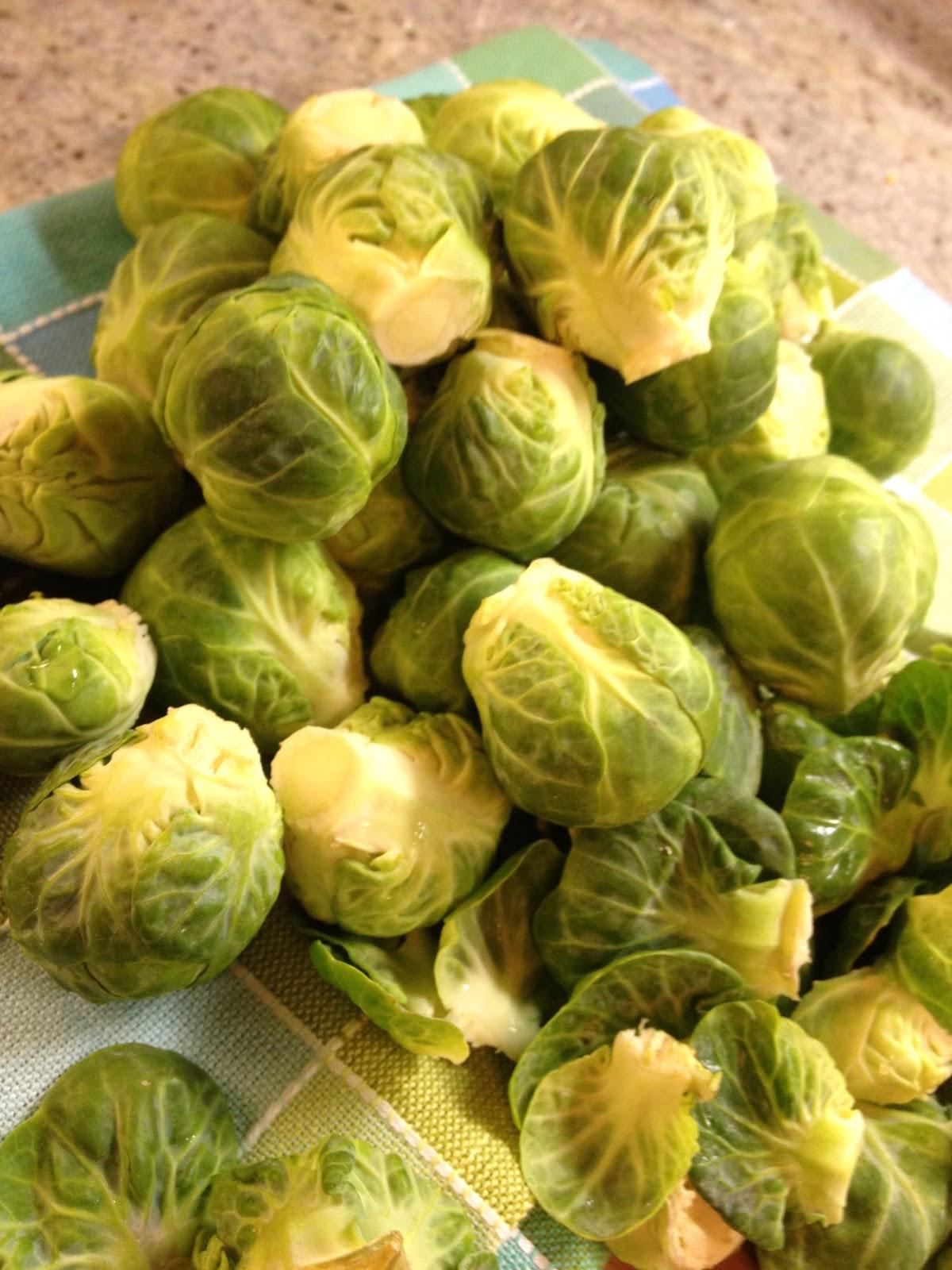 ... - ilili Brussels Sprouts with Fig, Yogurt, Walnuts & Grapes
