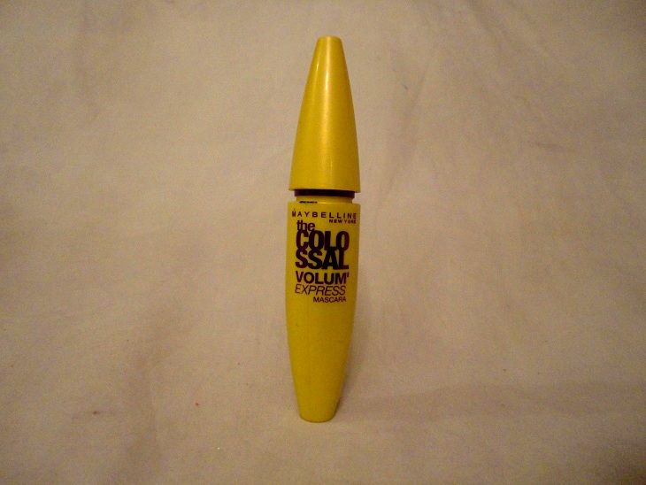Maybelline Volum' Express The Colossal Mascara Review