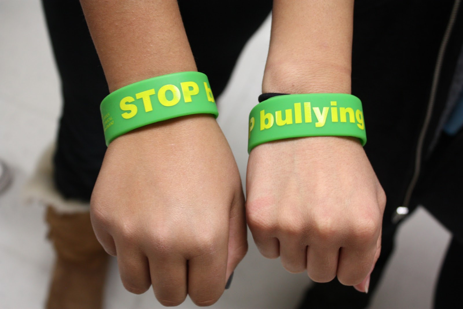 against bracelet debossed set bully silicone anti bhp ebay wristbands band bullying