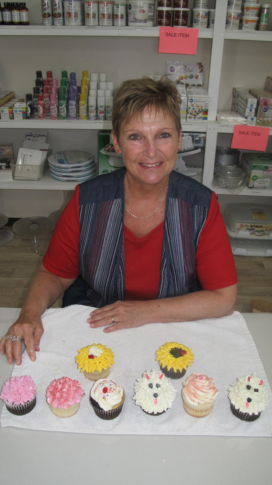 Elly s Studio of Cake Design: Girls Day Out Cupcake Class