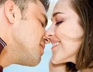 Kenali 6 Penyakit Yang Menular Melalui Ciuman