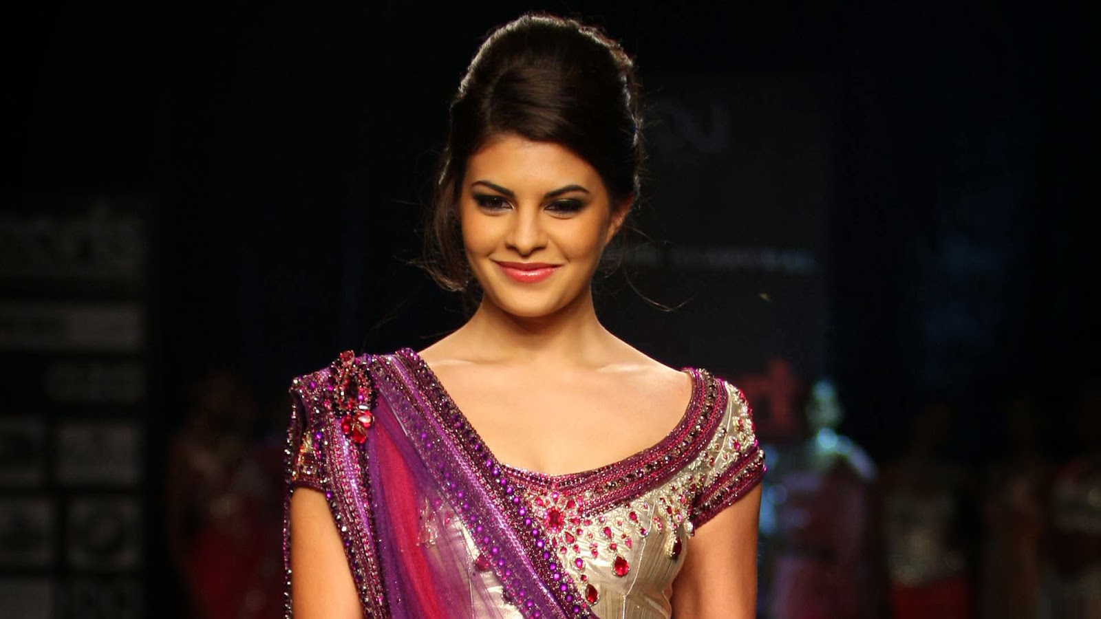 JACQUELINE FERNANDEZ_WALLSTOWN_IN_BOLLYWOOD ACTRESS