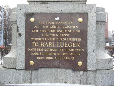 Wien, Vienna, Bécs, Austria, Mariahilferstrasse, Österreich, Mariahilfer Straße, vásárlóutca, Mahü, statue, denkmal, Europaplatz, Westbahnhof