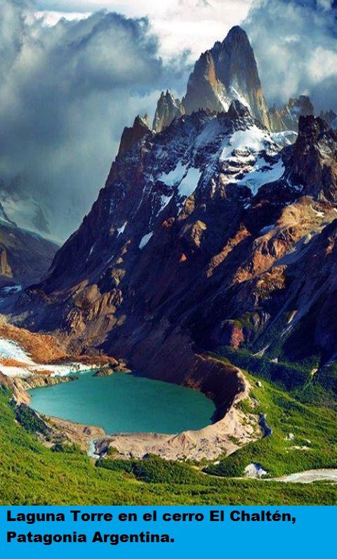 Laguna Torre en el cerro El Chaltén, Patagonia Argentina.