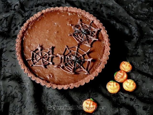 Tarta de chocolate y avellanas para Halloween