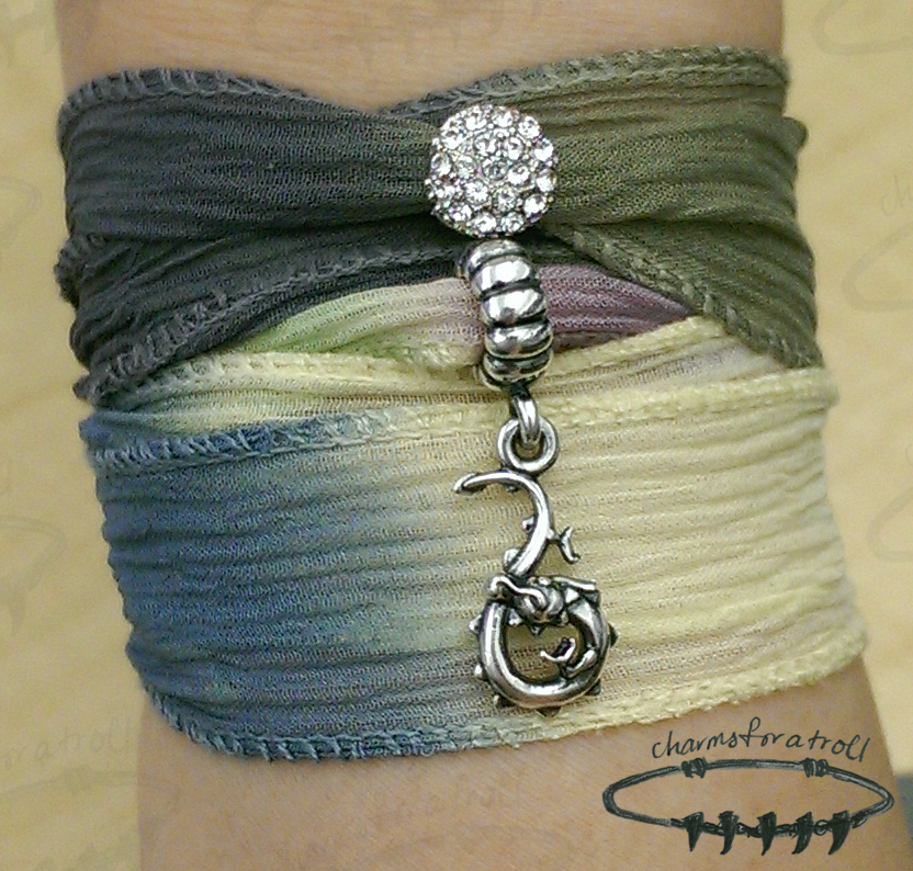 Novobeads Twilight Silk Wrap, White & Clear Macaroon, Pandora Dragon Dangle