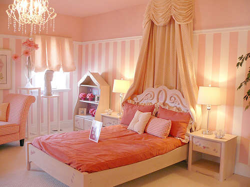 Professional home staging blog rooms for little girls and Decorating little girls room