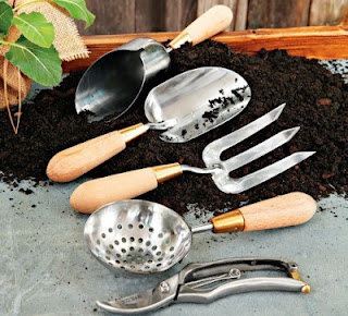 williams sonoma agrarian garden tools
