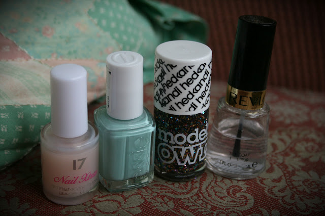 Essie, Mint Candy Apple, Ibiza Mix, Models Own