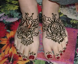 Mehndi Designs For Feet Bridal : Adorable anklet jewellery inspired feet henna mehndi design