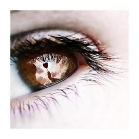 """""""...E de tanto não poder dizer meus olhos deram de falar. Só falta você ouvir."""""""