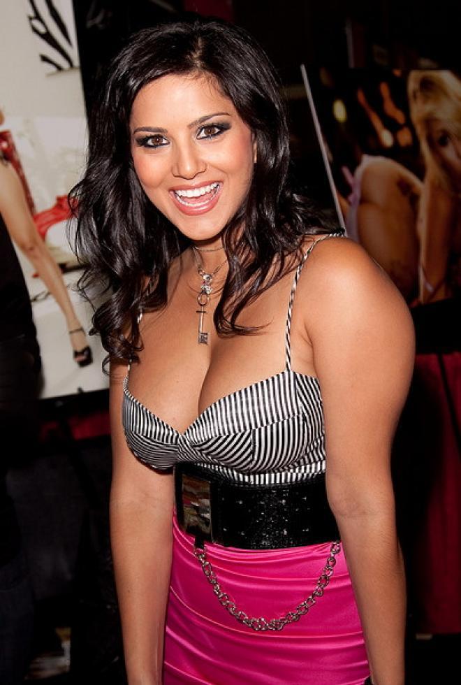 Bollywood hot actress hot photos hot videos: Bollywood famous ...