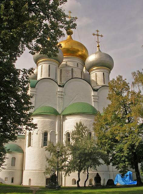 Новодевичий монастырь, Москва