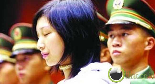 Tao Jing saat di pengadilan