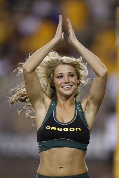 Hot Cheerleader Oregon Ducks