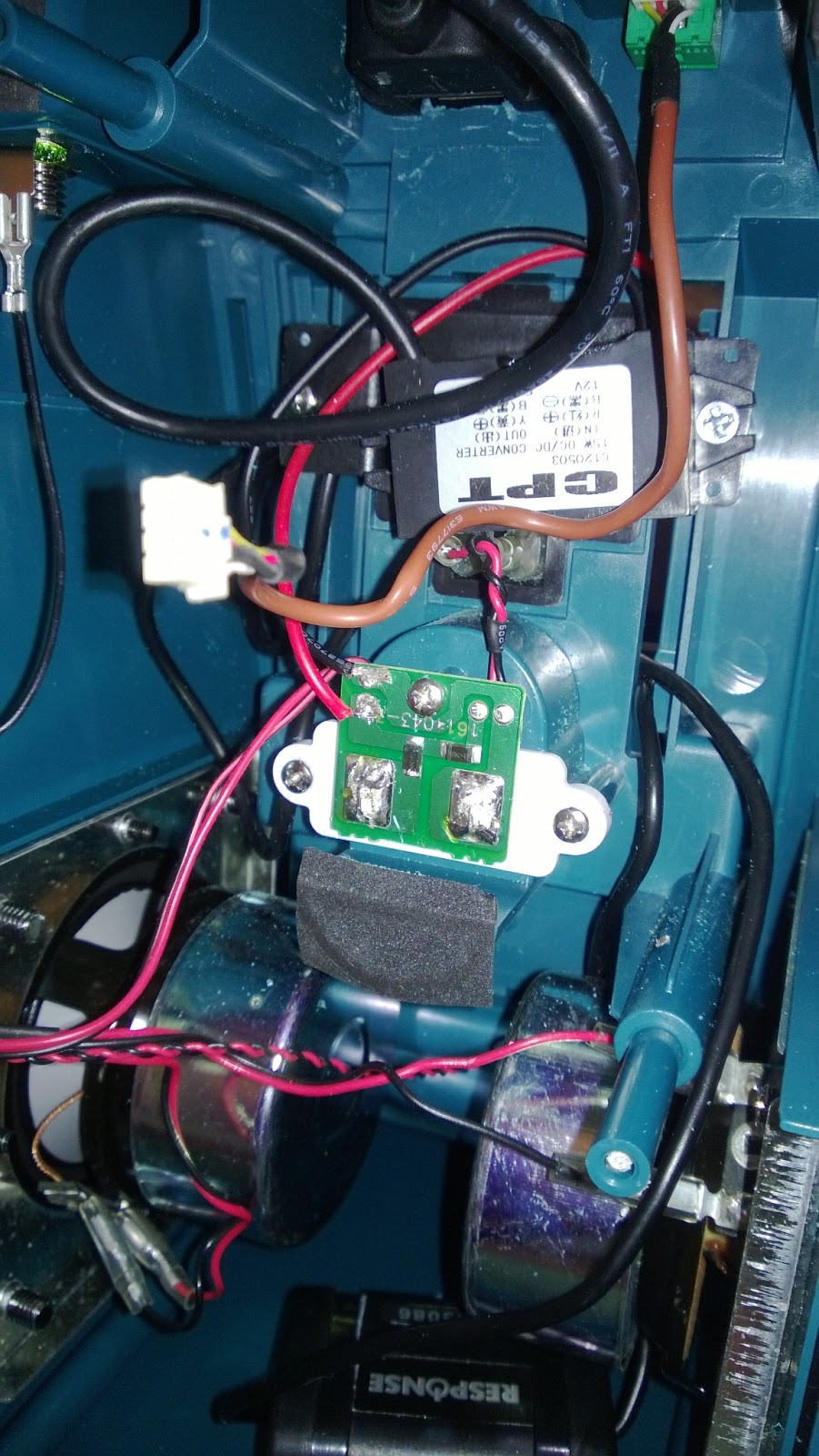 Makita Battery Charger Wiring Diagram Wiring 20 Amp Electrical ...