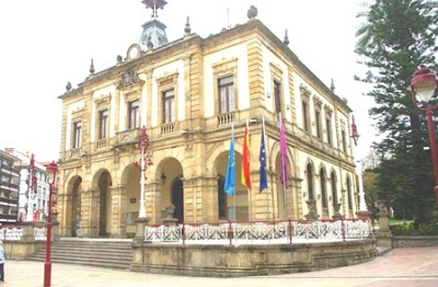 Villaviciosa, Ayuntamiento