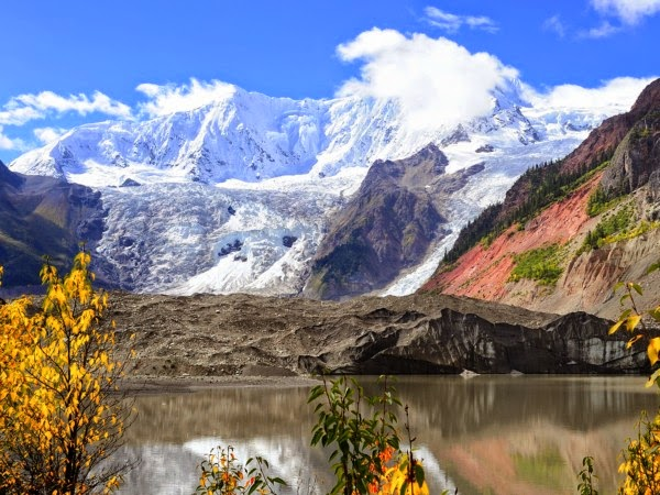 Midui Glacier in Tibet (Credit: Jan Reurink/Wikimedia Commons) Click to Enlarge.