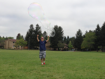 Giant Bubbles, bubble recipe