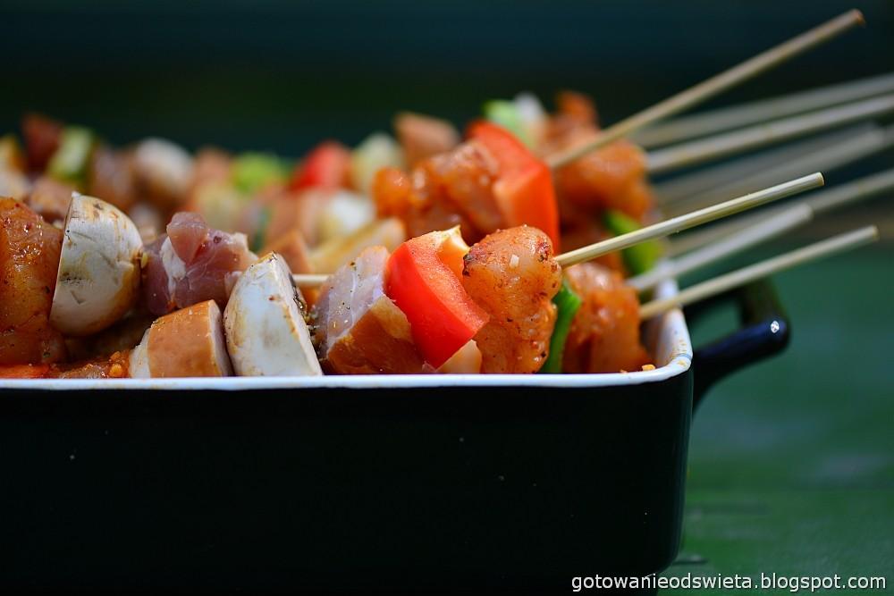Szaszłyki z kurczaka i warzyw