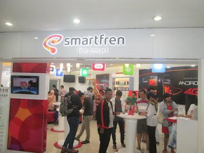 Galery Smartfren Mall Bekasi