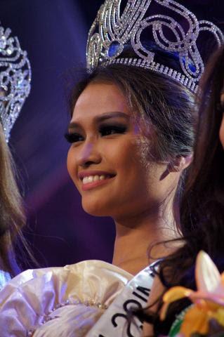 Bb Binibining Pilipinas 2012 winner Janine Tugonon Katrina Dimaranan Nicole Schmitz