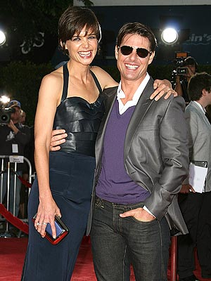 katie holmes and tom cruise height. tom cruise and katie holmes