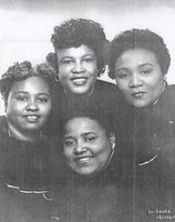 The Lucy Smith Trio, Gladys Beamon Dies