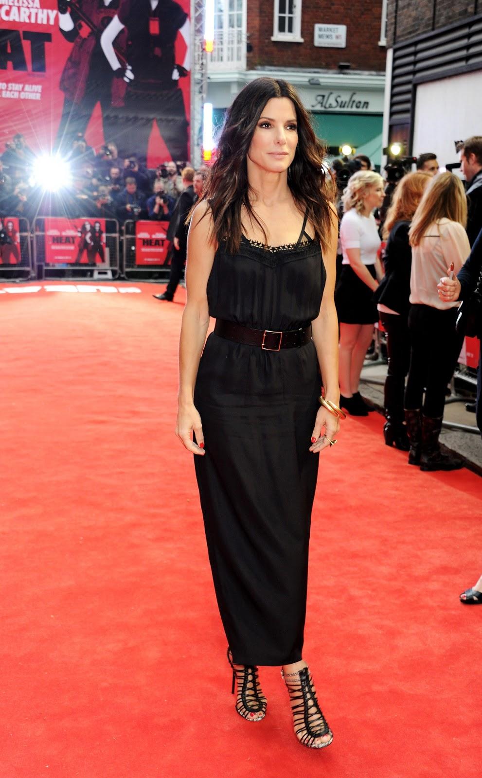 http://2.bp.blogspot.com/-7xlfJ52FbwM/Ubt6WPwoUhI/AAAAAAAAhYI/f5Lcwwy2uDc/s1600/Sandra+Bullock+-+The+Heat+movie+Premiere+in+London-June+13,+2013-08.jpg