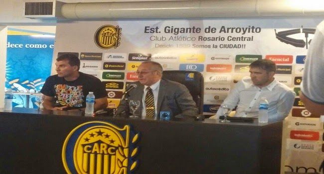 Raul Broglia, Eduardo Coudet y Ernesto Colman en la presentación de Coudet