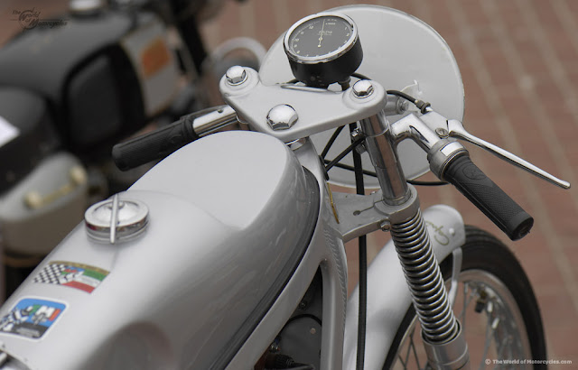 1957 Caproni-Trento Capriolo Sport 75cc Motorcycle | Vintage Motorcycles