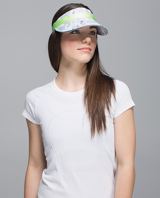 lululemon-fast-paced-run-visor