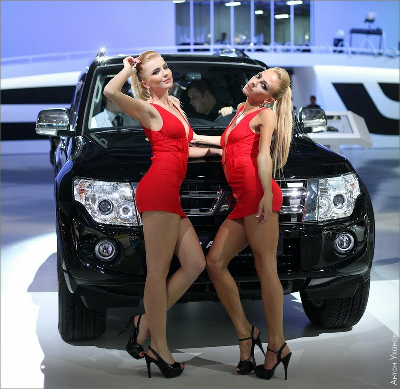 Girls Of The 2012 Moscow Car Show Damn Cool Pictures