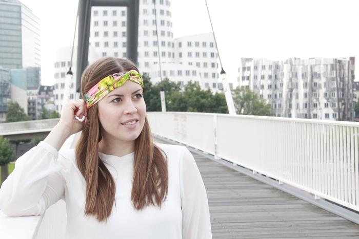 Modeblog Köln, La Mode et Moi, Fashionblog Köln, Turban, Kopfschmuck Herbst, Kopftuch, Haarband Herbst, buntes Haarband, Medienhafen Düsseldorf