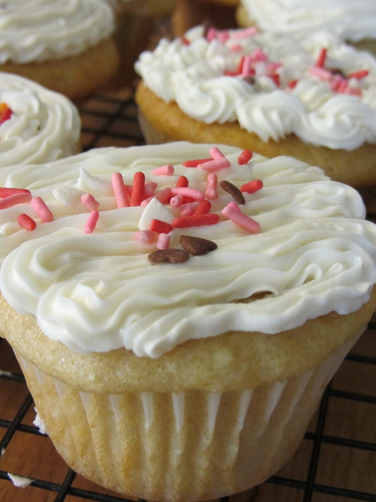 Made By Nicole Cake 37 Vegan Basic Vanilla Cake