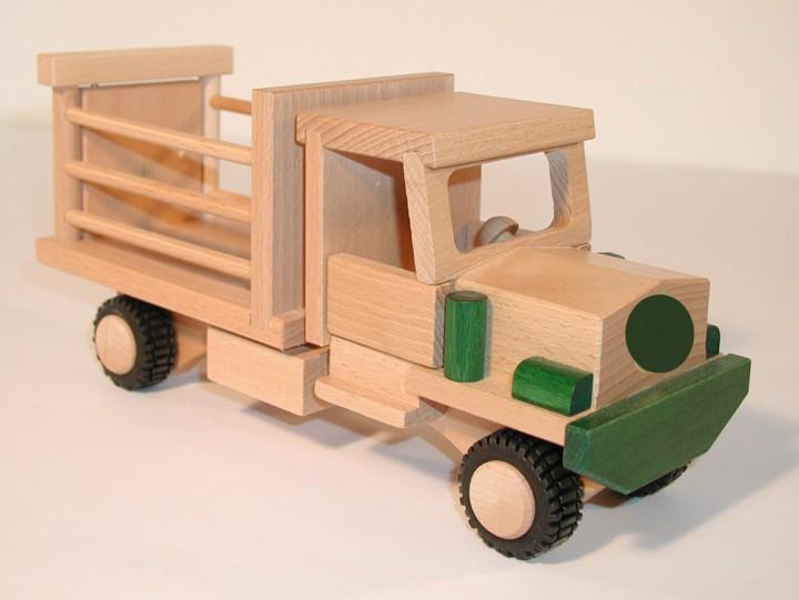 Ni o en casa juguetes alemanes de madera carros for Carritos de cocina de madera