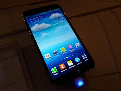 Samsung Galaxy Mega 6.3  Large Display