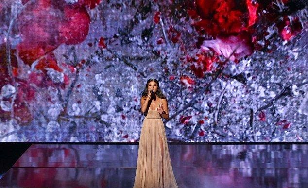 Hard to say good bye! One can only imagine if Selena Gomez made falling into the harmony while saying about something important think of the real romantic life with her song on the stage.