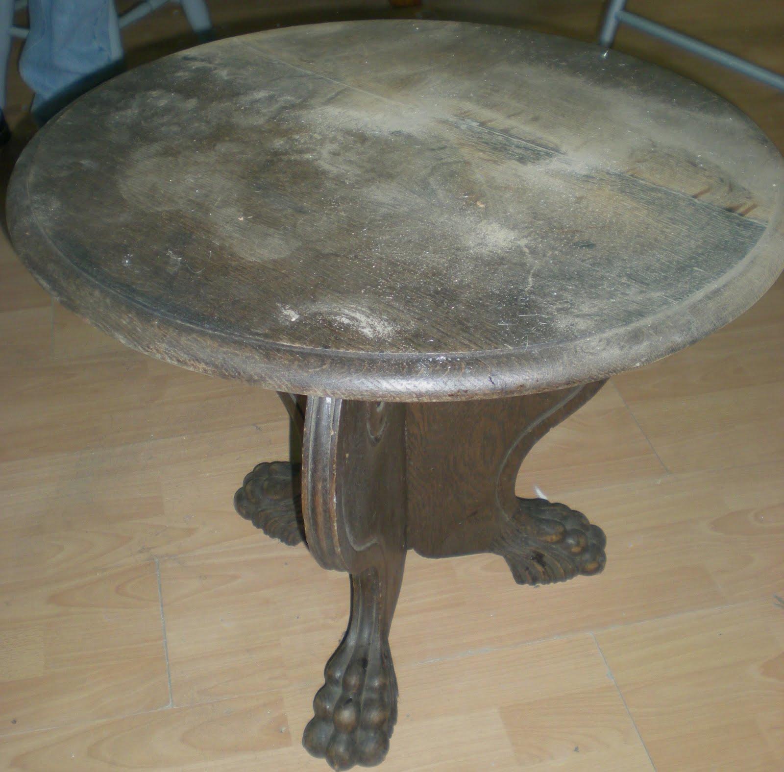 Bric brol mai 2011 for Restauration d une table en bois