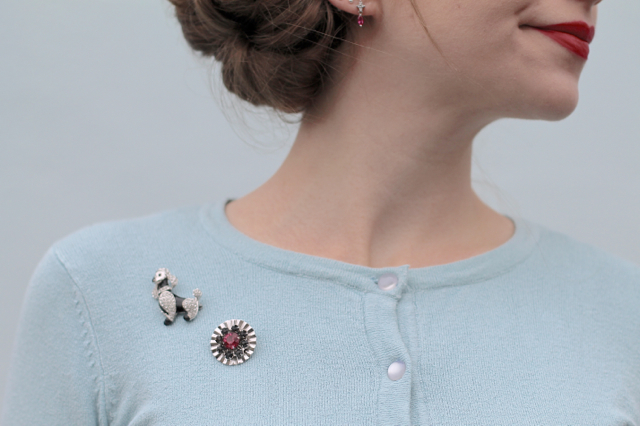 Cute 50s style scatter brooches
